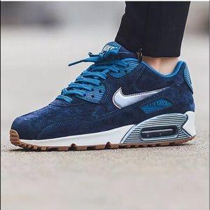 Nike dark blue Air max sneakers 818598-400 Clear